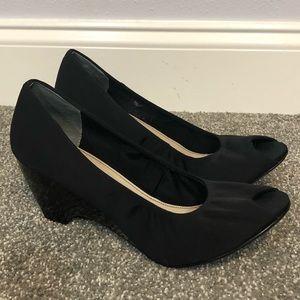 Bandolino black fabric & patent leather wedge heel
